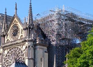 Le cas Notre-Dame : information, communication, manipulation